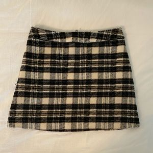 Size 4 Neutral Color Plaid (wool?) Skirt from A&F